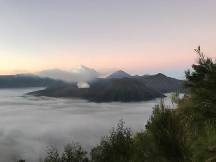 hiking vulcano